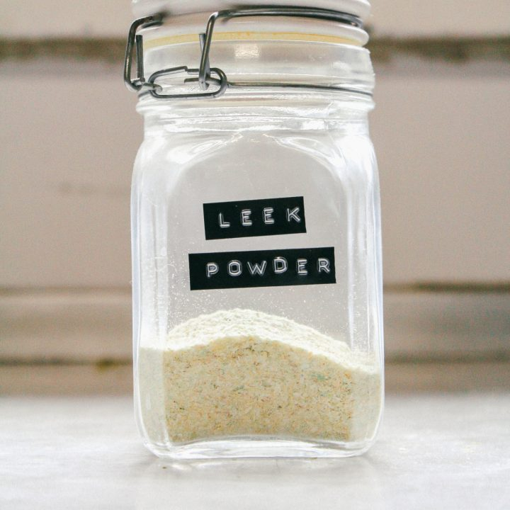 Homemade leek powder for a punchy flavour